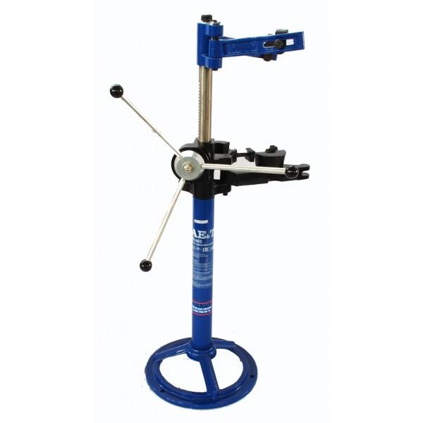 Стяжка пружин  AE&T 990 кг стационарная механическая T01403